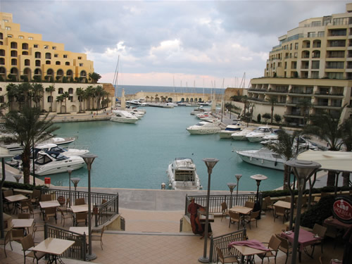 Die Portomaso Marina mit den Luxus-Yachten - einfach traumhaft.