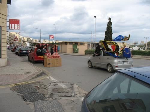 Malteser feiern vor den Parlamentswahlen