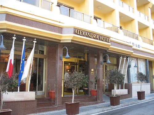 Das Alexandra Hotel in Paceville, St. Julians.