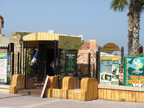 Fuegos Salza Bar - hier in Qwara