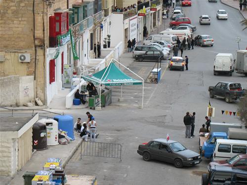 Spinola Parkplatz - hier wird gefeiert nach den Wahlen