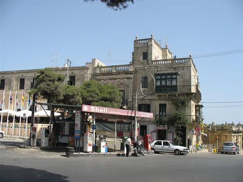 Alte Tankstelle in Rabat.