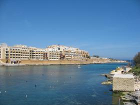 Bayview Restaurant - Corinthia Marina Hotel