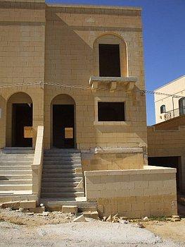 Villa in Xlendi