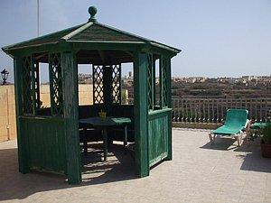 Terrasse mit Pavillion