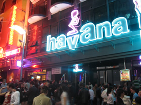 Transvestite clubs in malta